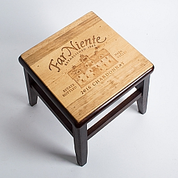 Step stool, FAR NIENTE CHARDONNAY, Dark Walnut Base
