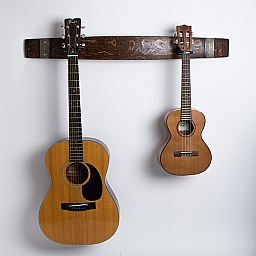 Double Wine Barrel Guitar Rack, Red Mahogany Finish