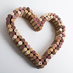 Wreath, Cork Heart, Outlined