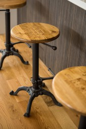 Wine Crate Adjustable Stool, Wrought Iron Base, Golden Oak Top